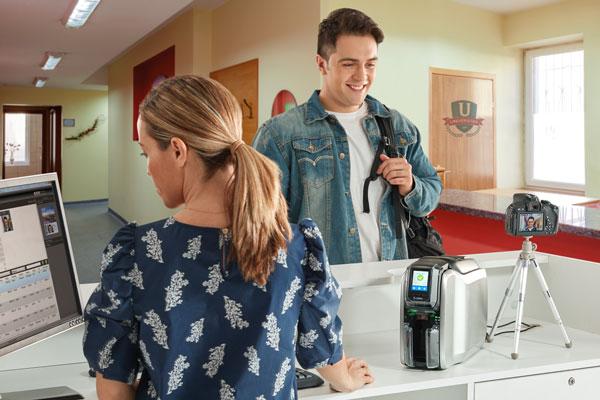 Waar moet je op letten bij de keuze voor een cardprinter?